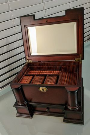 Beautiful Cherry Wood Jewelry Wooden Chest Box for Sale in Plano, TX