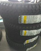 4 new tires 235/75/15 for Sale in Orlando, FL