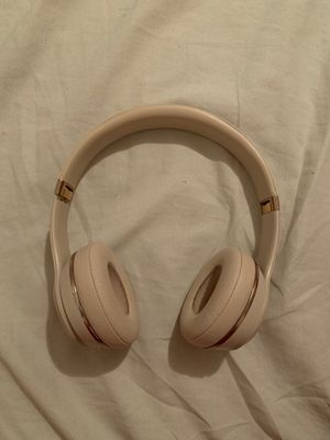 Beats head phones solo 3 for Sale in Brooklyn, NY