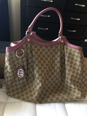 Gucci Bag 😍 $600 for Sale in Las Vegas, NV