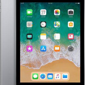 iPad 6th Generation 32GB for Sale in Tampa, FL
