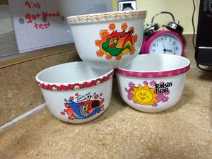 Collectible cereal bowls and a toucan glass bottle for Sale in Land O Lakes, FL