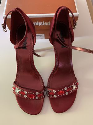 Unlisted Kenneth Cole heels size 8 for Sale in Graham, WA