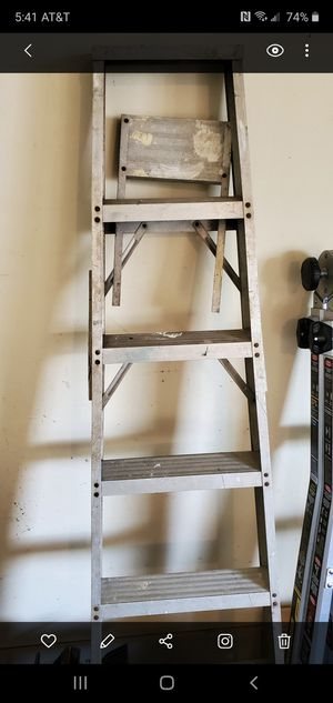6ft ladder for Sale in VINT HILL FRM, VA
