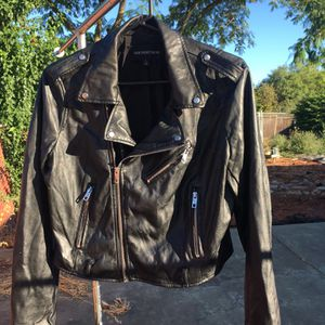 Women's Leather jacket for Sale in San Jose, CA