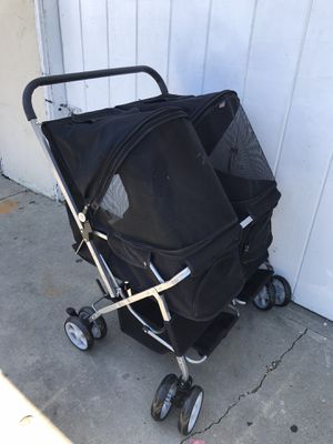 FOLDING DOG STROLLER DOUBLE for Sale in Los Angeles, CA