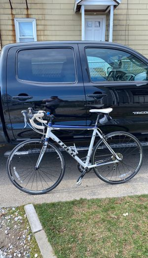 Trek road bike one series /1.5 for Sale in Nashua, NH