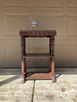 Antique 20's Side Table for Sale in Clackamas, OR