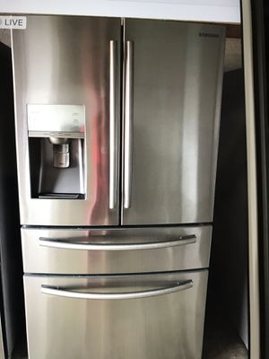 Refrigerator stainless still Samsung for Sale in West Palm Beach, FL