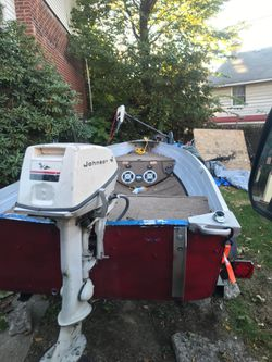 Boat and trailer with title 1500 for Sale in Alexander,  WV