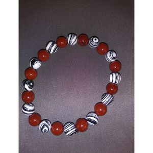 Malachite and Red Agate Beaded bracelet! for Sale in Nashua, NH