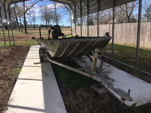 Triton depth wide 16ft for Sale in Tyler, TX