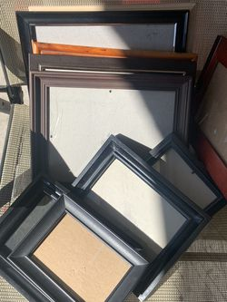 $5 Picture Frames for Sale in Bloomington,  CA
