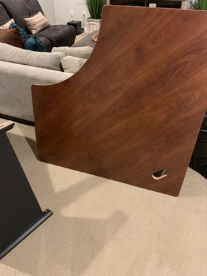 Free Desk- Heavy, sturdy, well-made corner Desk for Sale in Columbus, OH