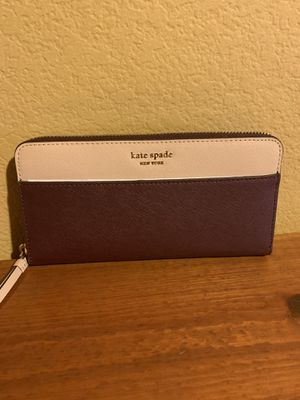 Kate Spade large continental wallet for Sale in Hayward, CA