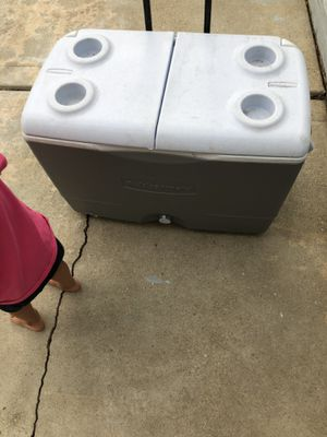 Cooler for Sale in Plainfield, IL