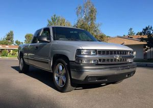 2001 Chevy Silverado good tires all around for Sale in Richmond, VA