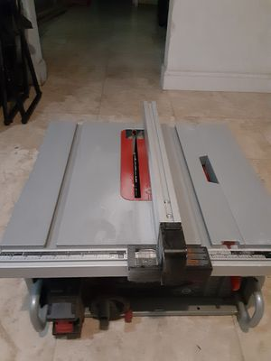 Bosch 10 inch blade table saw,I bought it at home depot for $725. for Sale in Fort Lauderdale, FL