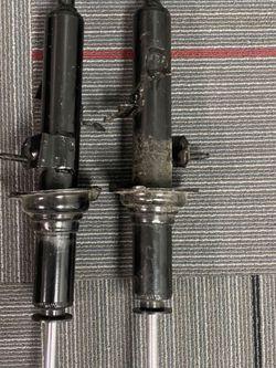 2 Right G35 Struts for Sale in Sacramento,  CA