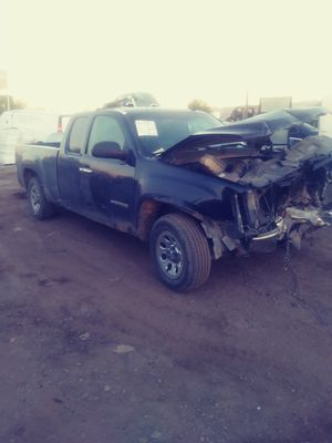 2008 gmc sierra parting out para partes for Sale in Phoenix, AZ