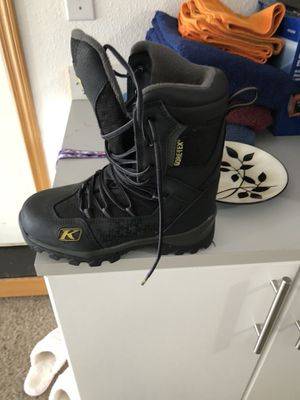Klim Snow Boots Size 6 for Sale in Vancouver, WA