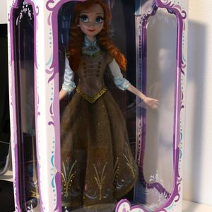 Disney Limited Edition Doll ANNA for Sale in San Ramon, CA