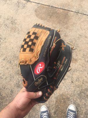Rawlings baseball/softball glove for Sale in Austin, TX