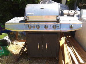 Outdoor propane grill with side burner for Sale in Abilene, TX