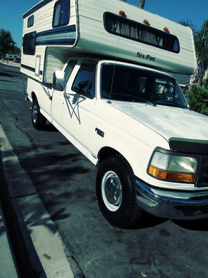 Camper and truck for Sale in Moreno Valley, CA