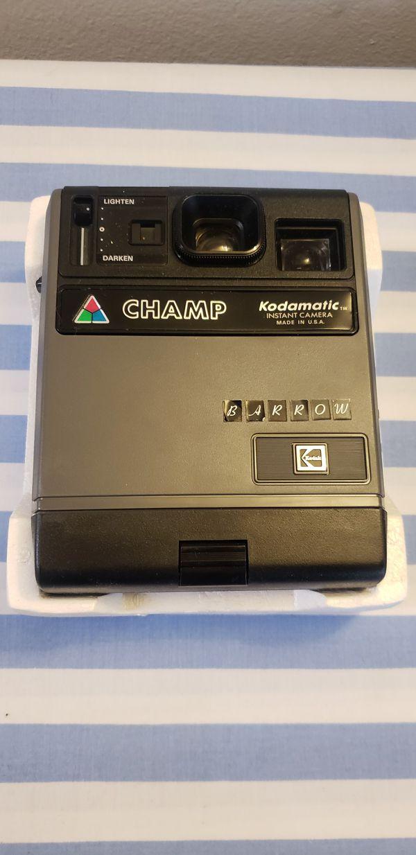 Kodak champ kodamatic Polaroid camera