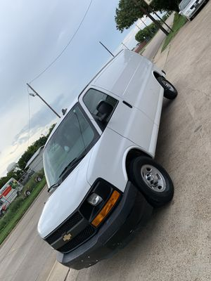 2017 Chevrolet Express 2500 for Sale in Duncanville, TX