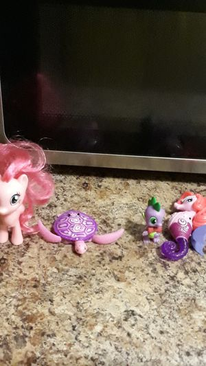 My little pony dolls (only for girls) for Sale in Newport News, VA