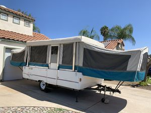 Coleman By Fleetwood pop up tent trailer for Sale in Fontana, CA