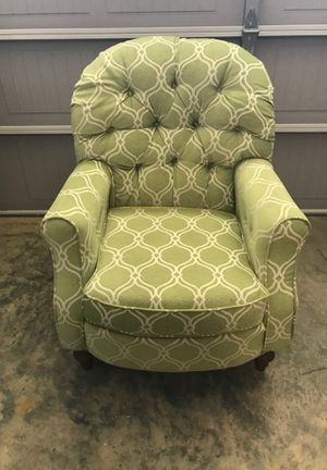 Two arm chairs, soft green color. In good condition. for Sale in Dublin, GA