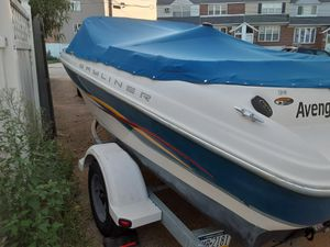 2002 Bayliner Capri 185 great condition low hours for Sale in Philadelphia, PA