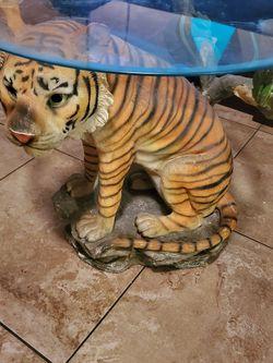 tiger tabke for Sale in Phoenix,  AZ