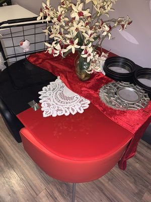 Kitchen table chairs included for Sale in Newark, NJ