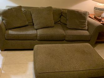 4 Piece Sectional Sofa for Sale in Kissimmee,  FL