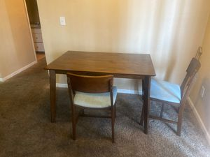 Kitchen table with two chairs for Sale in Las Vegas, NV