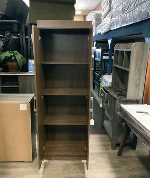 Modern Closet color brown with shelves for Sale in Los Angeles, CA