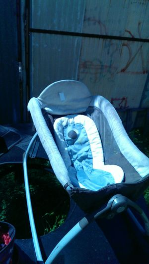 Graco....little lounger model 1875102 for Sale in San Diego, CA
