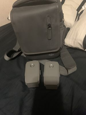 selling my mavic zoom 2 battery and the bag for $320 for all of them for Sale in Cerritos, CA