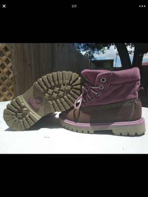 Girl timberlands size 7 for Sale in Coral Gables, FL