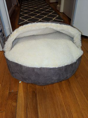 Dog/cat snoozer $20 OBO for Sale in Spencerville, MD