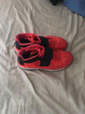 Jordan Gym Shoes (Sz 11) for Sale in Nashville, TN