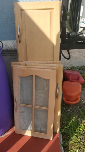Kitchen cabinet doors real wood for Sale in Hollywood, FL