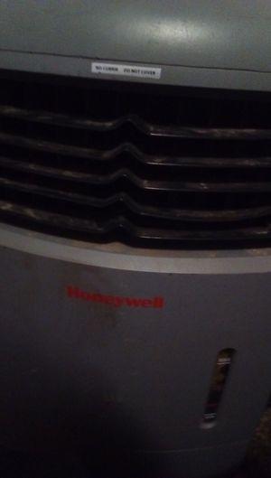 Cooler for Sale in Visalia, CA