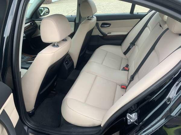 BMW $67OO