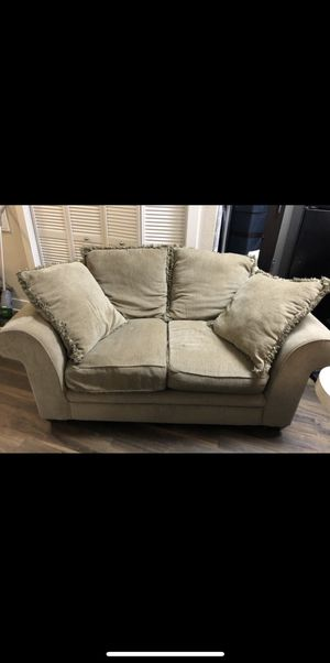 FREE COUCH for Sale in San Antonio, TX