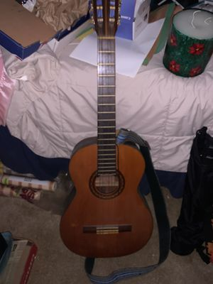 Guitar nylon strings $20 must go this week for Sale in Lithonia, GA
